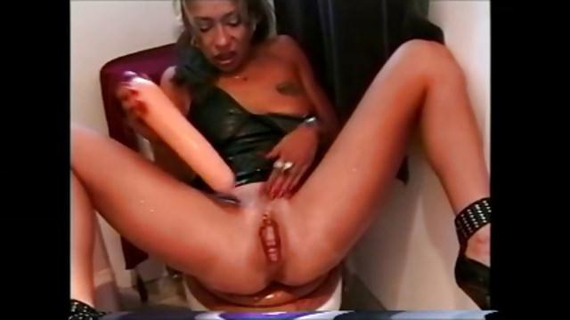 Ebony lesbian blond gangbang