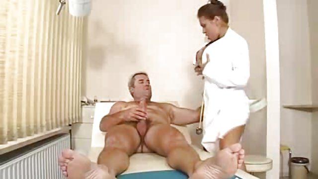 Порно массаж клизма, горячий секс на свадьбе