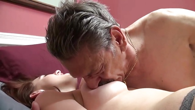 Порно ласки онлайн старики разбойники 4