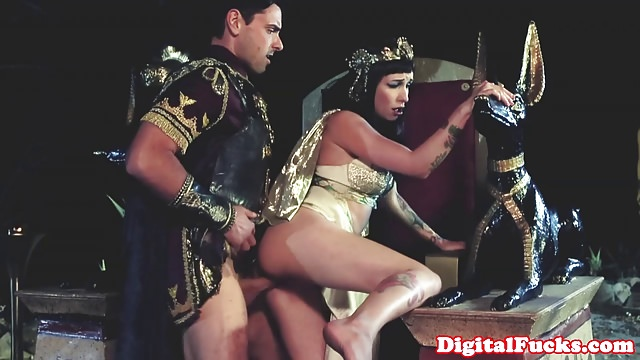 hard-sex-with-egyptian-women-girls-pussy-young-age
