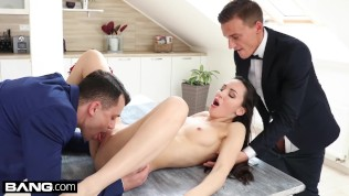 Glamkore – Lilu Moon gets a dp with her husband & friend